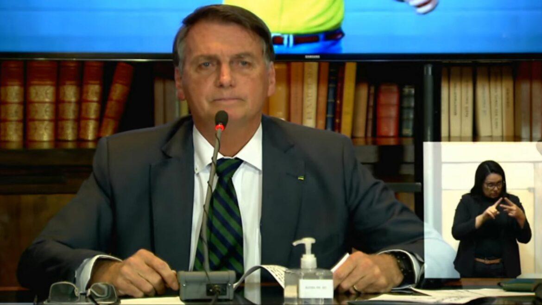 Em live, Bolsonaro aponta possíveis fraudes em eleições com urnas eletrônicas