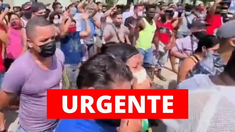 Cubanos ocupam as ruas para protestar contra ditadura socialista