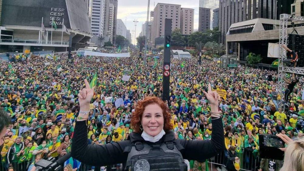 Manifestações mostram a força de Bolsonaro nas ruas do Brasil