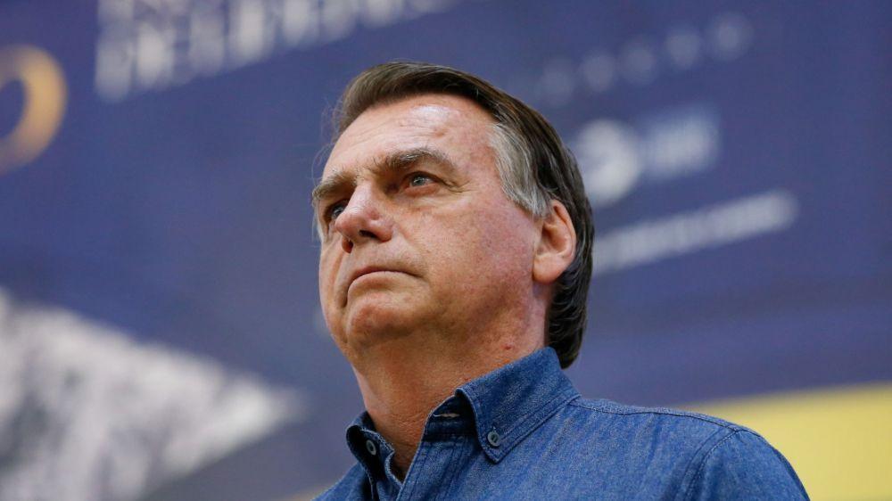Presidente Jair Bolsonaro se sacrifica para evitar a anarquia no Brasil