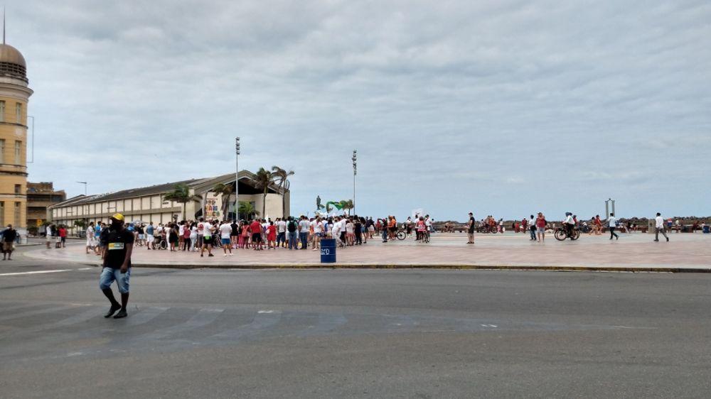 Ato contra Bolsonaro no Recife foi um completo fiasco