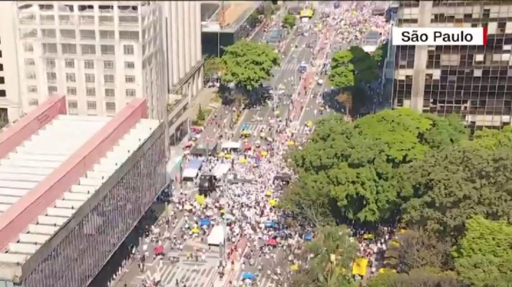 Avenida Paulista fica vazia em manifestação contra Bolsonaro