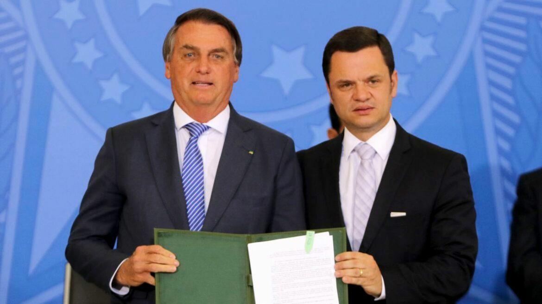 Bolsonaro lança programa habitacional para policiais, militares e bombeiros