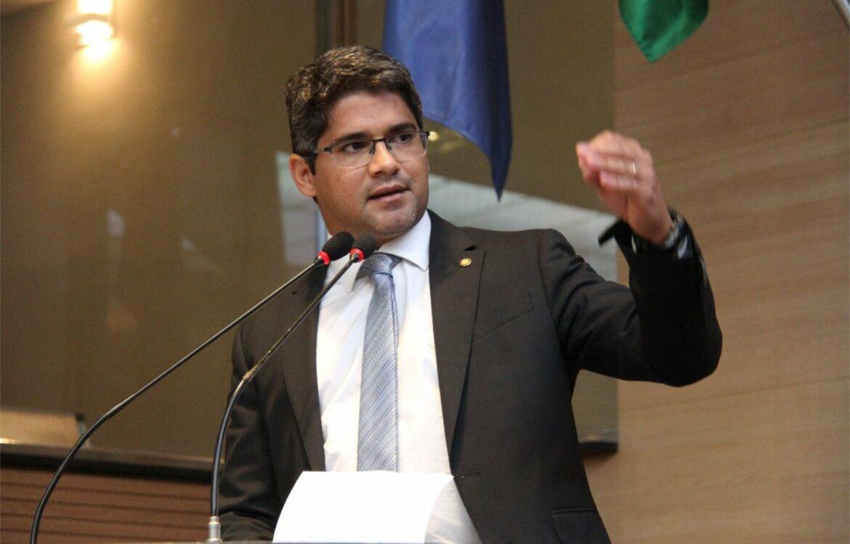 Renato Antunes se posiciona contrário ao voto de repúdio à PM na Câmara do Recife