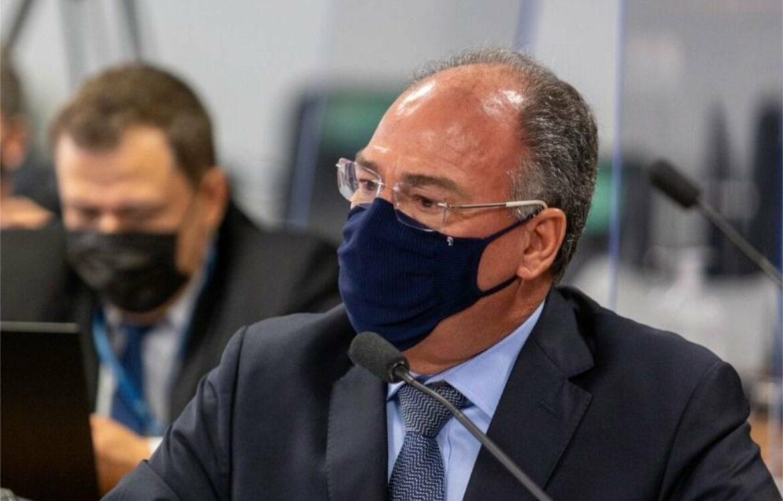 Manifestações de Bolsonaro estão protegidas pela Constituição e não podem ser criminalizadas, afirmam juristas em parecer entregue à CPI da Pandemia