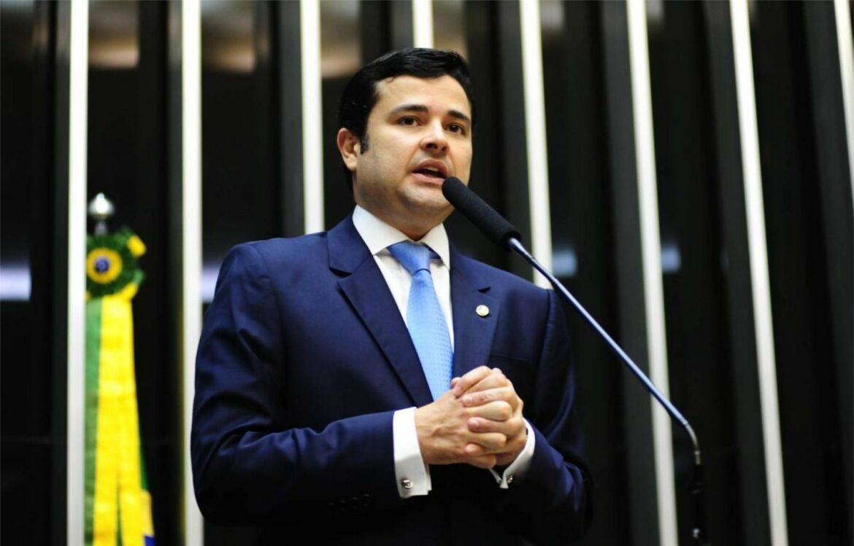 Avança PL de Eduardo da Fonte que garante seguro pago por empresas de aplicativo para motoristas