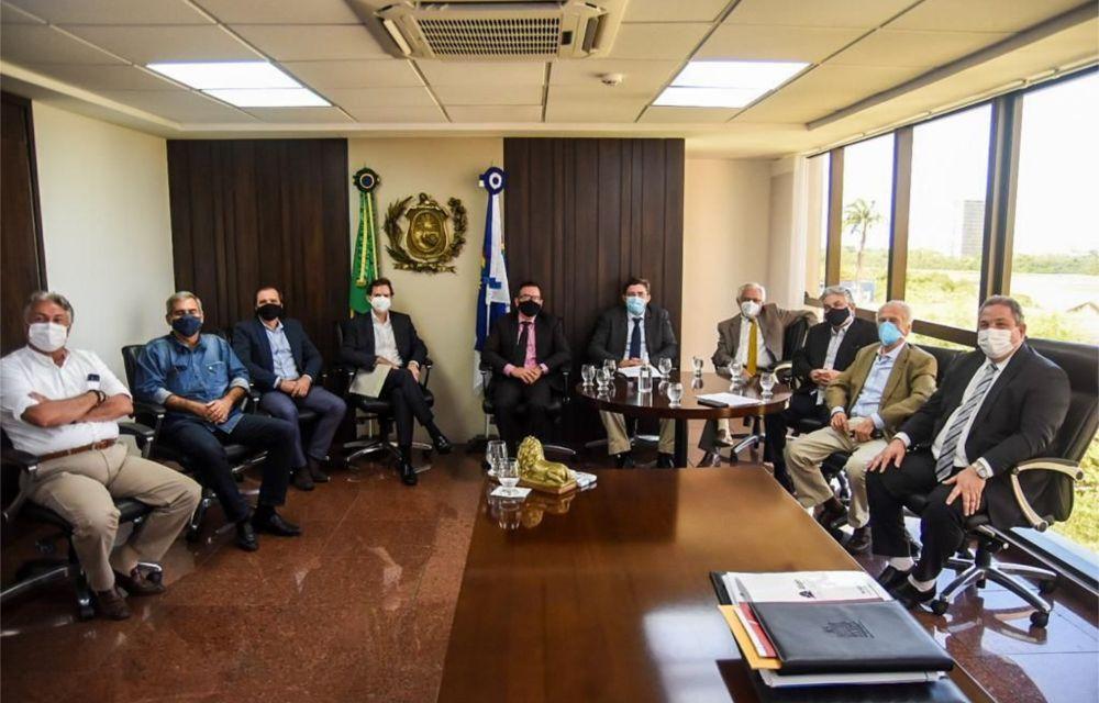 Presidente da Alepe debate  flexibilização da aquisição de gás natural com FIEPE e Copergás