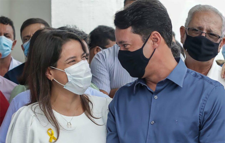 Anderson Ferreira e Raquel Lyra se encontram em inauguração no Agreste