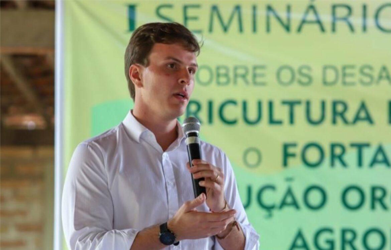 Agricultores estão esquecidos pelo Governo do Estado, diz Miguel Coelho
