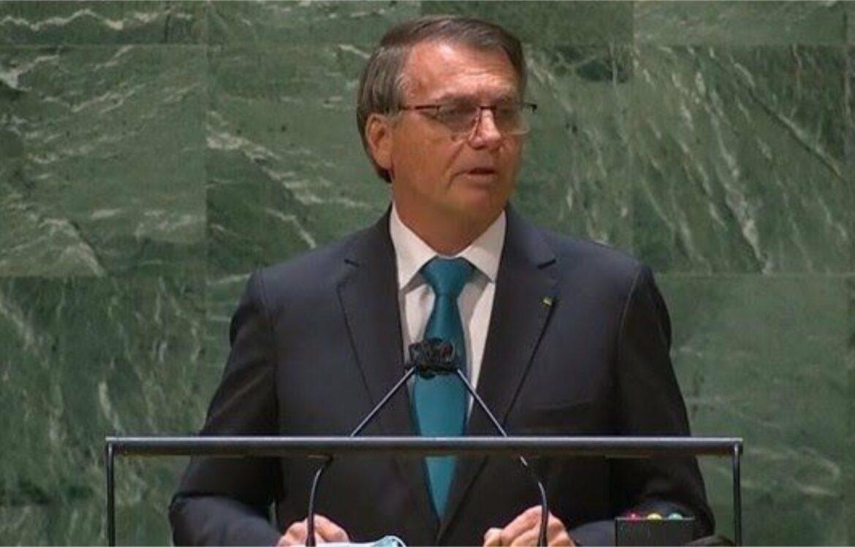"""""""O Brasil tem um presidente que acredita em Deus"""", diz Bolsonaro na ONU"""