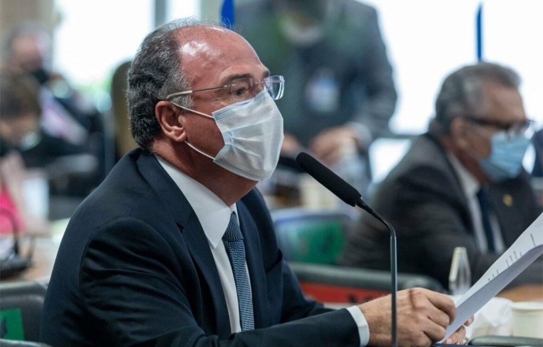 FBC rebate relatório da CPI: não há elementos jurídicos para criminalizar Bolsonaro