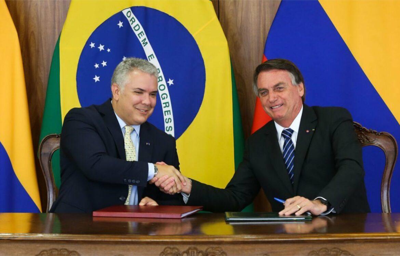 Bolsonaro se reúne com presidente da Colômbia e firma acordos em áreas estratégicas