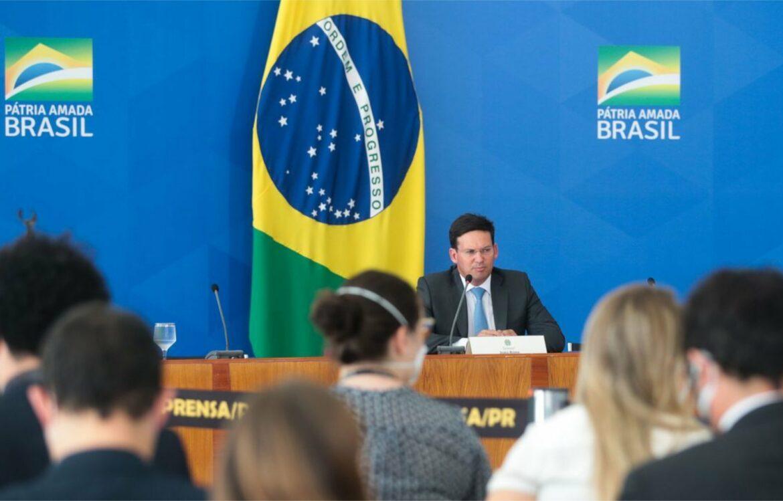Auxílio Brasil terá reajuste de 20% em relação ao Bolsa Família